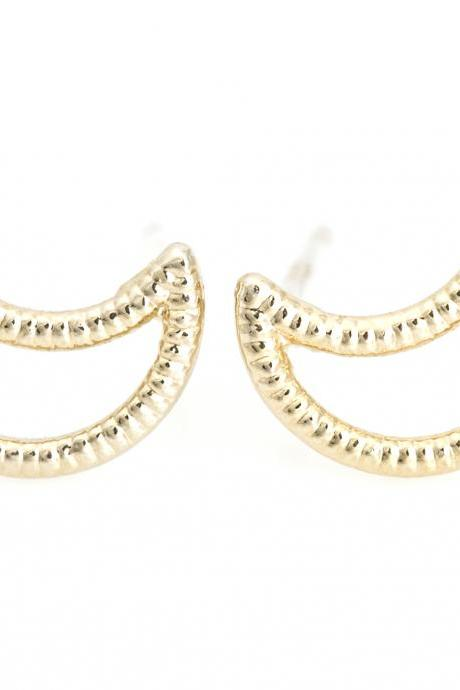 1 Crescent Moon Earrings Half Moon Stud Gold Plated over Brass 5NCAE4